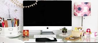 things for your desk at work cute and creative ways to decorate your desk at work women daily