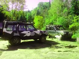 land rover jungle land rover and 4x4 enthusiasts will love this video celebrating 25