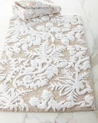 home decor on sale bath rugs u0026 dinnerware at neiman marcus