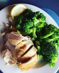 cours de cuisine 77 grosse poitrine de poulet et brocolis vapeur suite à mon cours