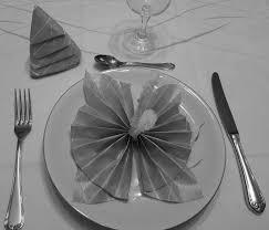 pliage de serviette en papier 2 couleurs feuille pliage de serviette de table en forme de cocarde ou en acccordéon