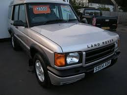 land rover discovery lifted rover discovery es v8 7 sits