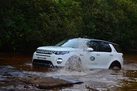 mitsubishi land rover land rover discovery sport motoroids