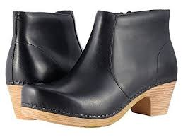 Most Comfortable Ankle Boots Best Winter Travel Shoes Sneakers Boots Reviewed Comfortable