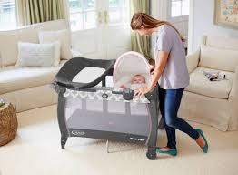 Graco Pack And Play With Changing Table Graco Pack N Play With Bassinet And Changing Table Rs