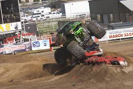 monster trucks grave digger crashes monster trucks grave digger crashes blog