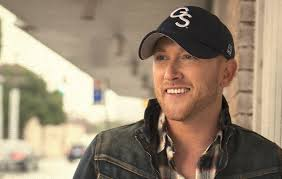 dierks bentley brother cole swindell goes from luke bryan u0027s merch table to his opening