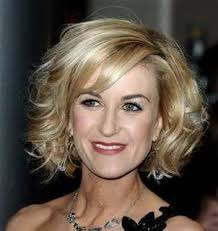flattering hair styles for 60 yrs olds 13 best hair cut images on pinterest hair cut short films and