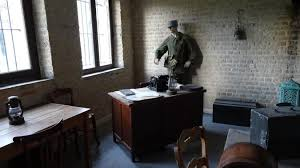 au bureau henin beaumont le bureau du général janssen reconstitué au fort des dunes la voix