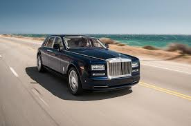 rolls royce phantom refreshing or revolting 2018 rolls royce phantom motor trend