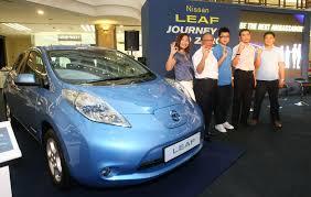 nissan leaf malaysia price etcm introduces first four nissan leaf ambassadors