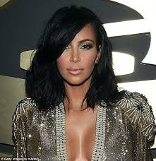 how to style a wob hairstyle kim kardashian s new wavy bob is must have red carpet cut daily