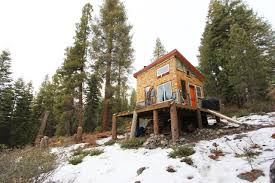 a diy self sustainable micro cabin in california