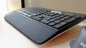 Light Up Wireless Keyboard Logitech Mk850 Performance Review A Quiet Comfy Keyboard That