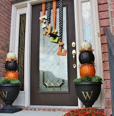 Halloween And Fall Decorations - get into the seasonal spirit 15 fall front door décor ideas