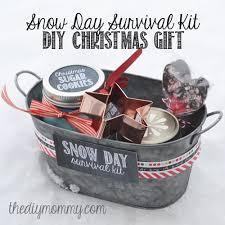 christmas basket diy christmas gift baskets that anyone will