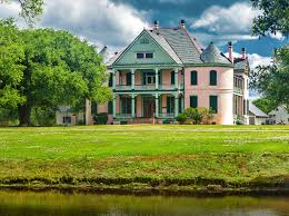 12 creepy houses in louisiana that could be haunted