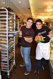 thanksgiving always on thursday thanksgiving 2010 at palermo u0027s bakery u2022 palermo u0027s custom cakes