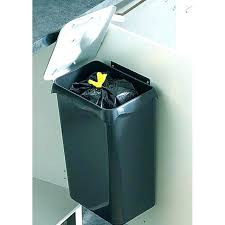 poubelle cuisine porte placard poubelle coulissante sous evier castorama poubelle cuisine