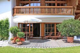 balkone holz balkongeländer ein ideen balkon haus dekoration aussen