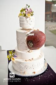 themed wedding cakes sports themed weddings football themed wedding cake ideas