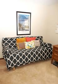 twin bed made to look like a couch do this by making extra