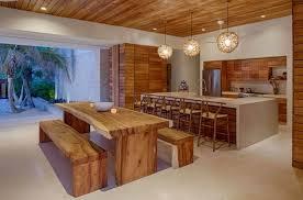 cuisine maison bois table cuisine moderne design table de cuisine noir idees