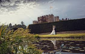 wedding photography at hever castle hever kent pjphoto