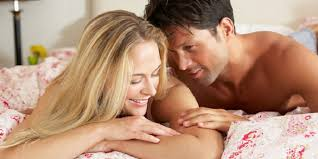 ingin tahu tanda tanda pasangan anda puas dalam bercinta