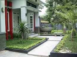 Front Of House Landscaping by House Garden Design Home Design