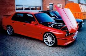 bmw e30 m3 the legend is true here s a 4 door bmw e30 m3 autoevolution