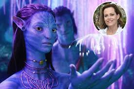 avatar sigourney weaver on why there are four u0027avatar u0027 sequels