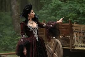 lana parrilla u0027s top 5 evil queen costumes from once upon a time