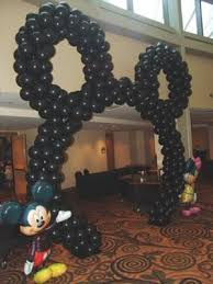 how to make a balloon arch how to make a mickey mouse balloon arch