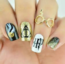 21 of today u0027s most amazing nail inspo for girls looking to play