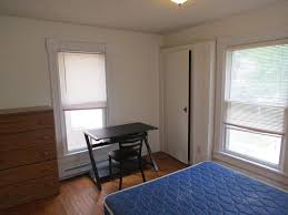 1 Bedroom Apartments Champaign Il 1 Bedroom Apartment 703 W Oregon St Urbana Il Hunsinger