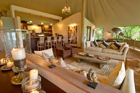 African Safari Home Decor - African bedroom decorating ideas