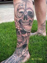 skull with snake picture