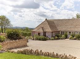The Fish Hotel Broadway UK Bookingcom - Hotels in the cotswolds with family rooms
