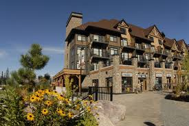 glacier mountaineer lodge u2014 kicking horse lodging official on
