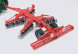 bruder farm toys amazon com kuhn disc harrow discover xl toys u0026 games