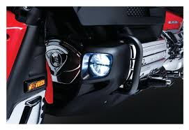 goldwing driving lights reviews kuryakyn led driving lights for honda goldwing gl1800 2012 2015 10