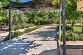 vineyard estate luxury retreats