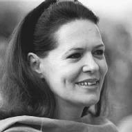 sonia gandhi biography life family children parents name