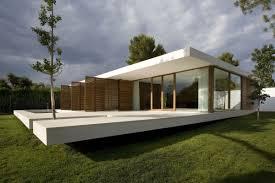 architecture ways to recognize minimalist architecture in small
