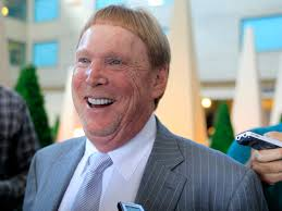 raiders owner mark davis drives a minivan and travels 400 miles