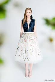 spodnica tiulowa spódnica tiulowa z kwiatowym haftem s102 spódnice pakamera pl