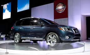 nissan pathfinder platinum nissan pathfinder reviews nissan pathfinder price photos and