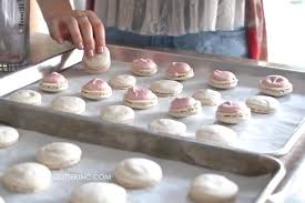 how to make french macarons strawberry cheesecake macarons recipe