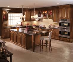warm brown glazed kitchen cabinets aristokraft cabinetry